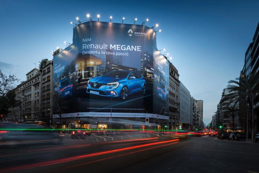 Lona publicitaria de Renault