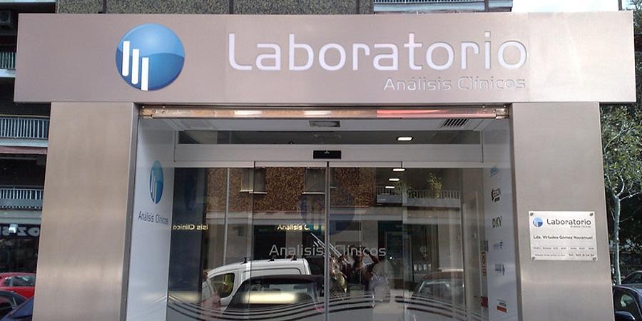 Rotulo de de un laboratorio